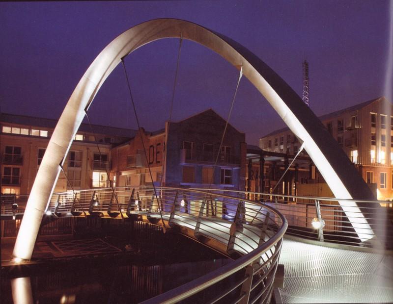 Electric bridge